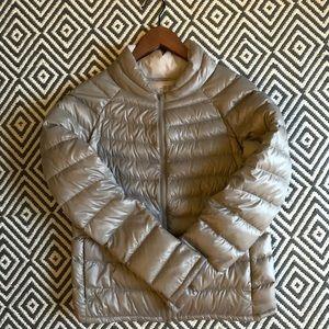 UNIQLO ultra light down compact jacket w/zipper
